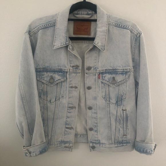 Levi's Jackets & Blazers - Levi's Light Wash Denim Jacket